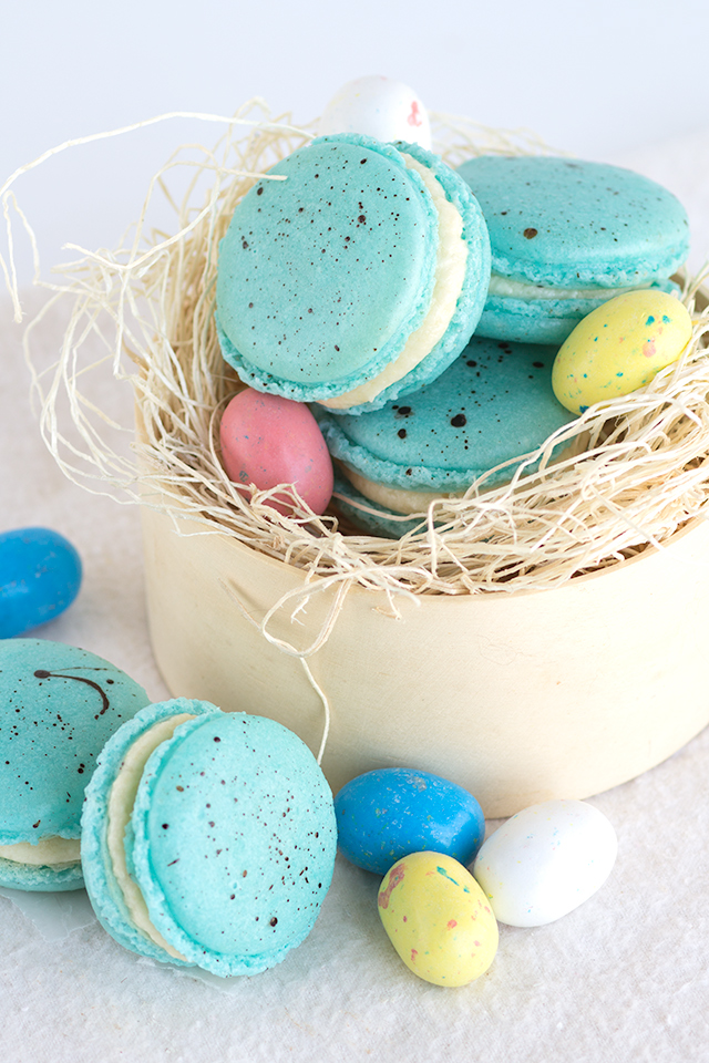 Malted milk macarons