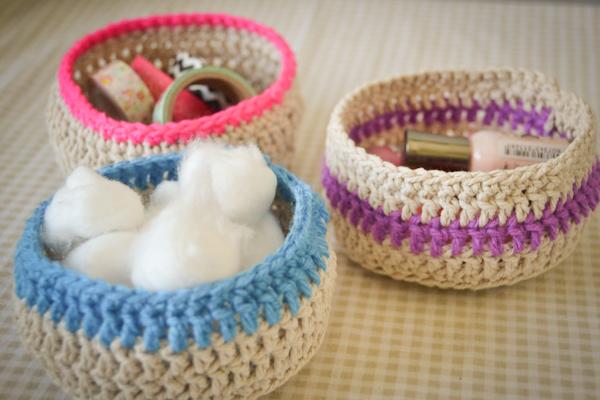 Mini round baskets