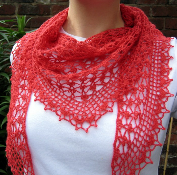 Summer sprigs lace shawl