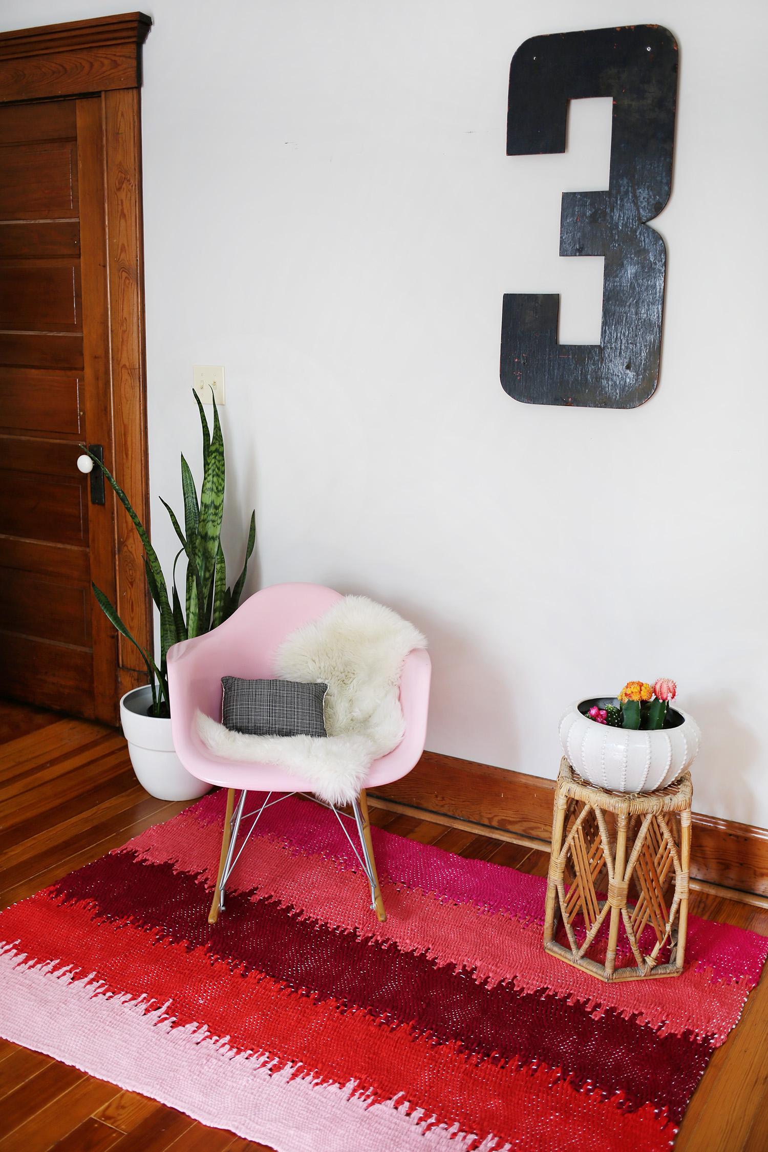 1 woven rug