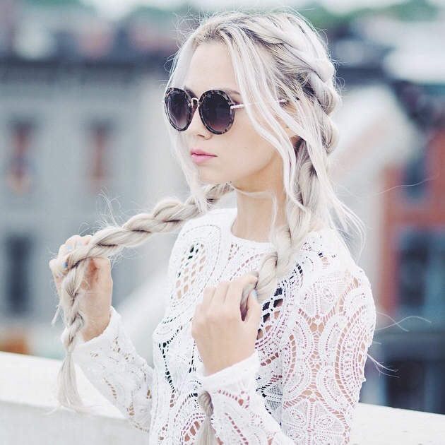24 twisted bleached long hairstyle