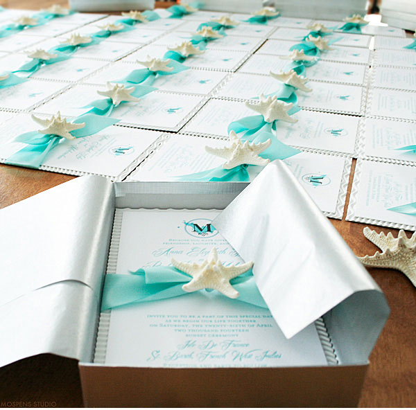 28 boxed starfish invitations