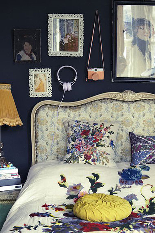 8 bohemian bedroom wall