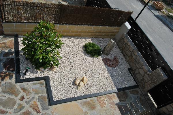 A clean rock corner