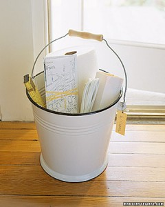 Basic bucket housewarming gift diy
