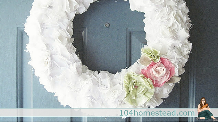 Bed sheet welcome wreath