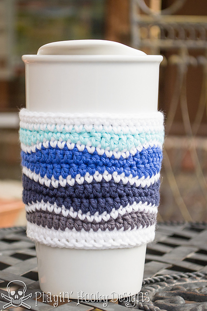 Brain waves coffee cozy