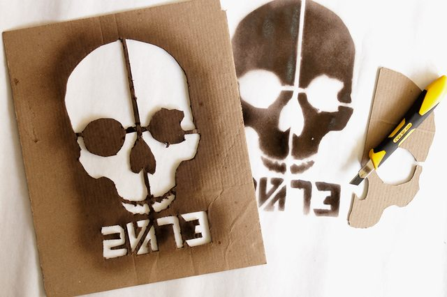 15 Stencils Made From Unconventional Materials