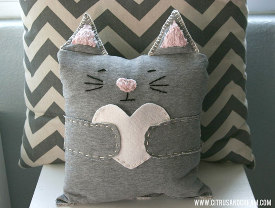 Cat heart pillow