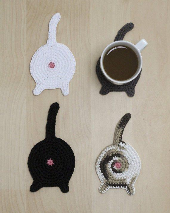Crochet cat butt coasters