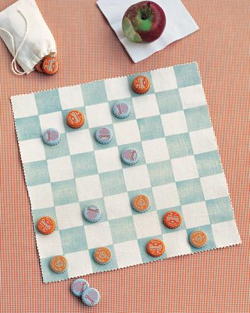 Diy bottle cap picnic checkers