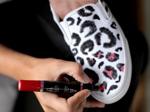 Diy ideas for lovers of leopard print diy leopard print canvas shoes solutioingenieria Choice Image