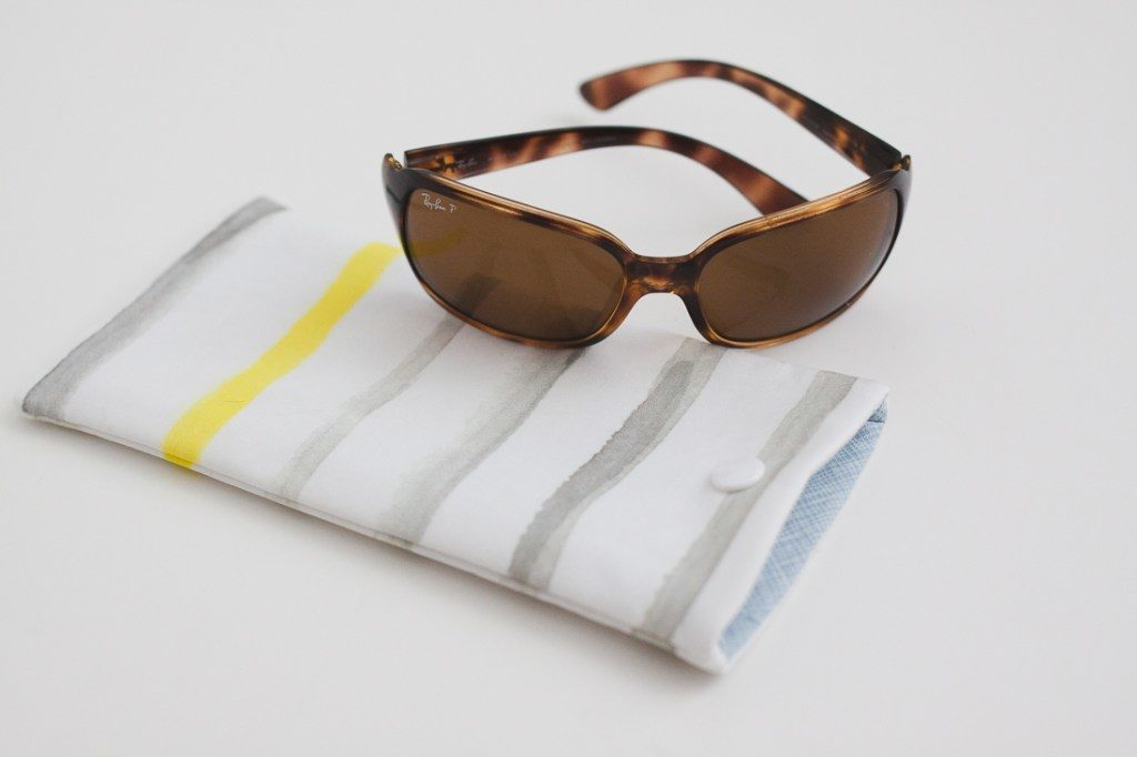 Sewbon diy sewing tutorial sunglasses case