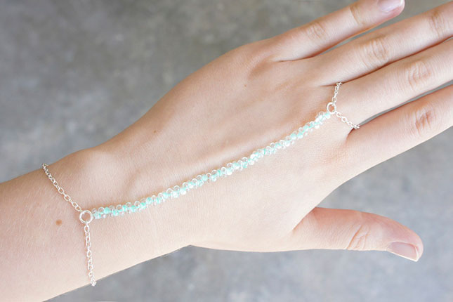 Turquoise beaded ring bracelet