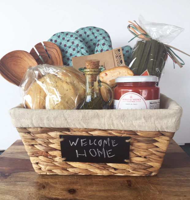 House warming gift 1 & These 20 DIY Housewarming Gifts Are The Perfect Thank You