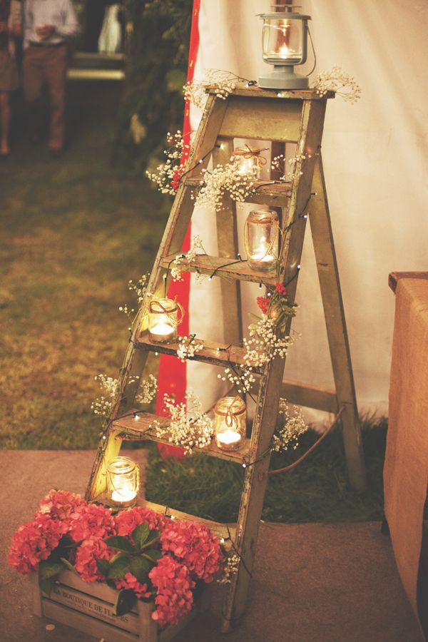 13 Rustic Ladder Wedding Display