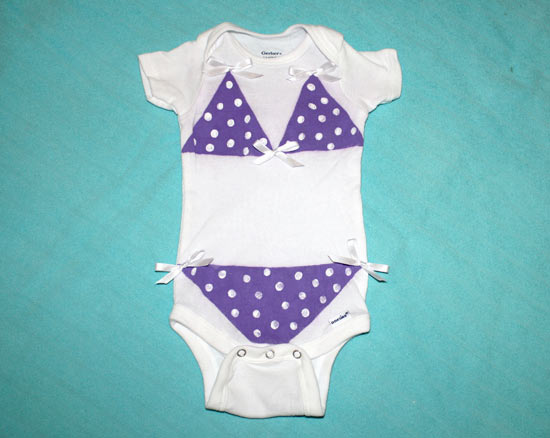 9e8284d79c6d DIY Baby Onesies for Your Little ones