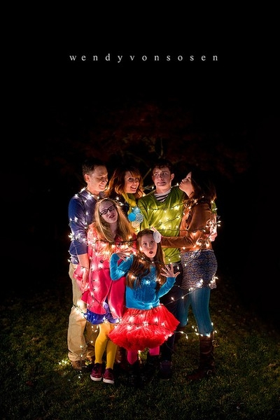 Christmas lights family photoshoot