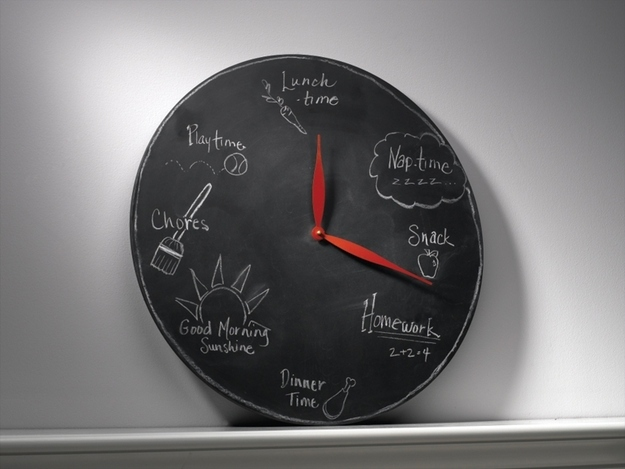 Customizable chalk activities clock