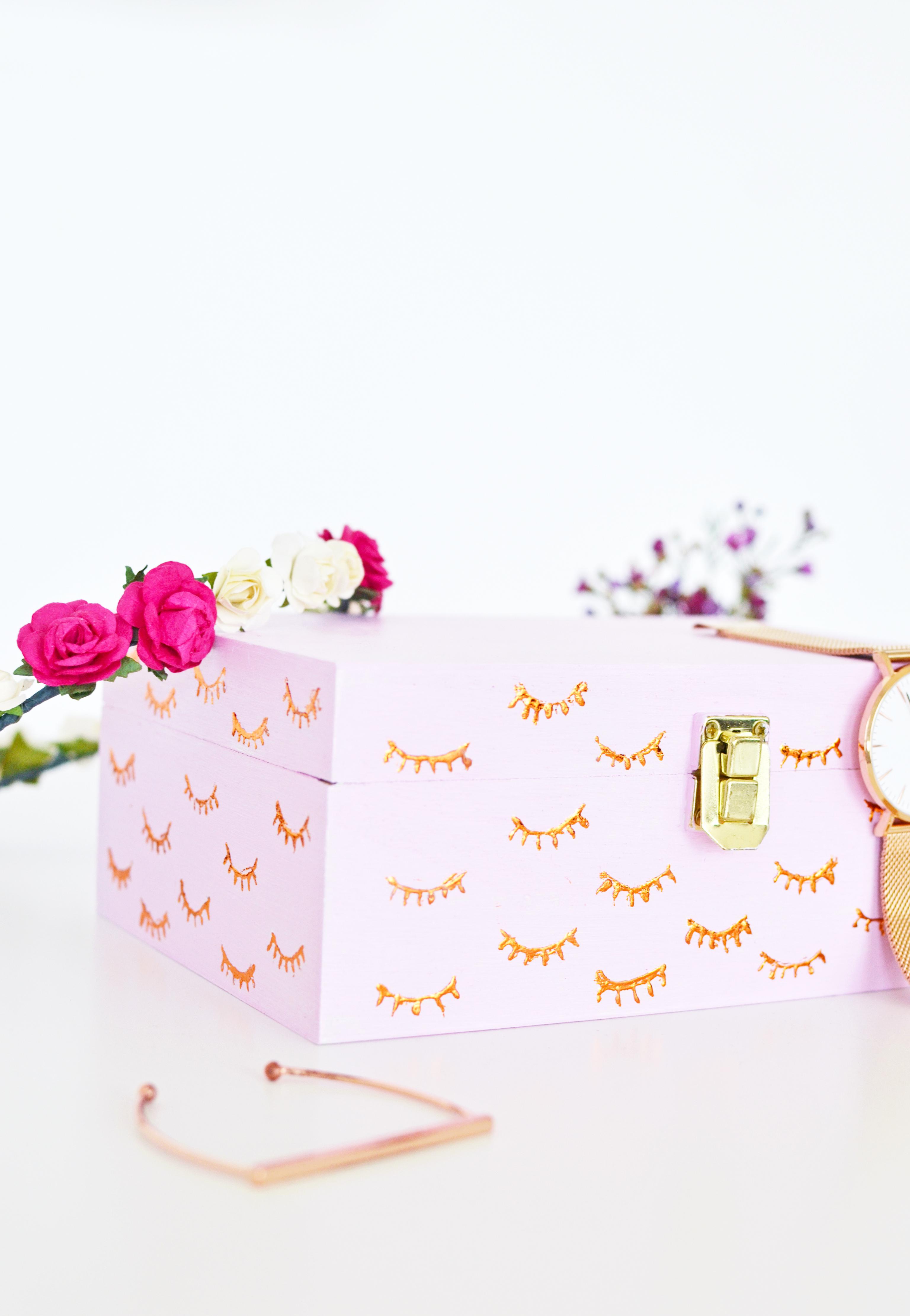 DIY Copper Eyelashes Box
