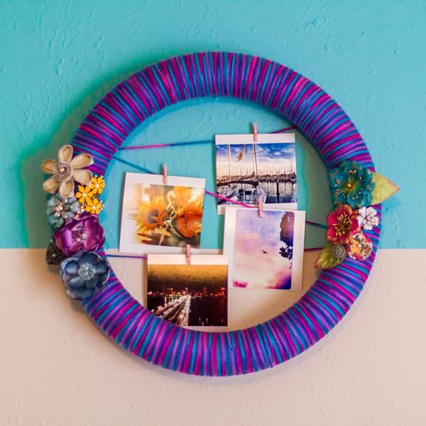 Diy instagram photo wreath display 1