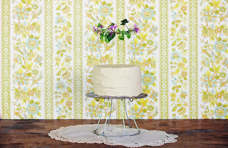 Diy wire cake stand