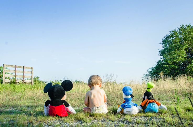 Disney family photoshoot idea