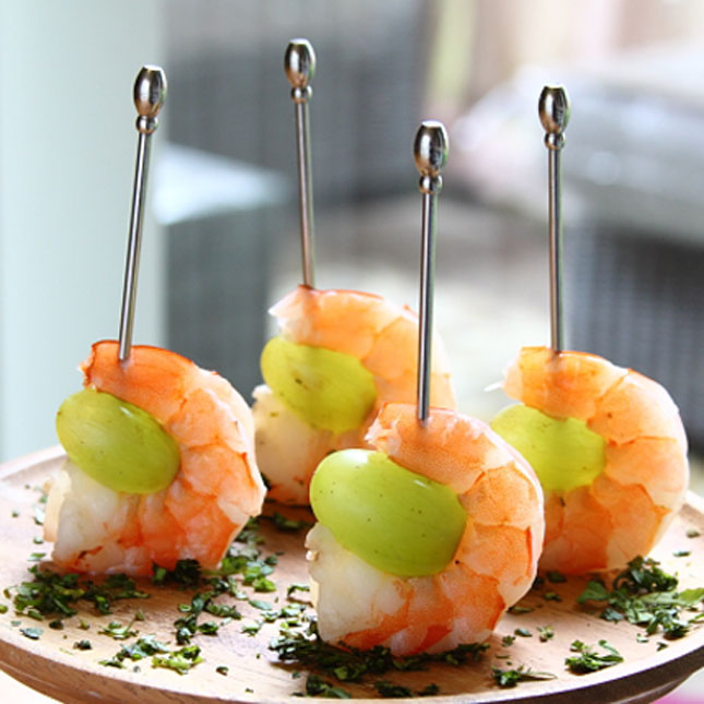 15 novelty wedding appetizers that come on a stick 11 drunken grapes with wine poached shrimp solutioingenieria Gallery