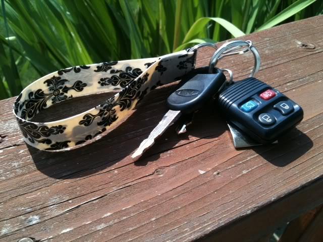 Duct tape key ring wristlet