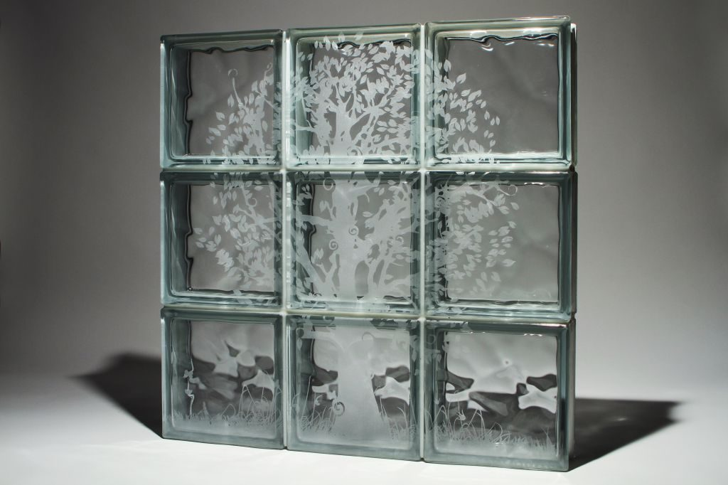Glass box etched picture