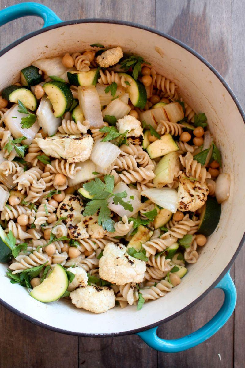 Grilled vegetable pasta salad stir