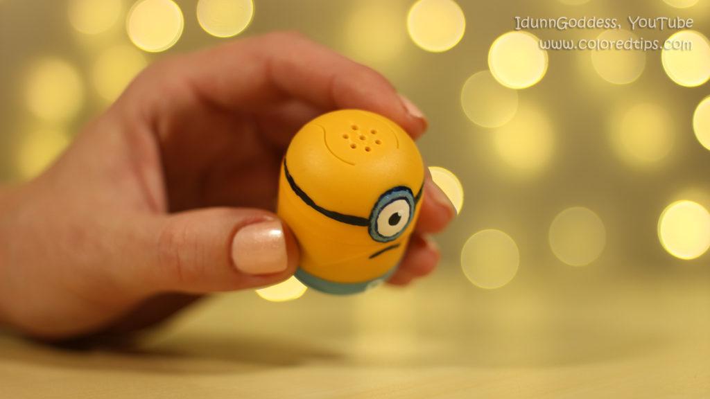 Kinder egg minion shakers
