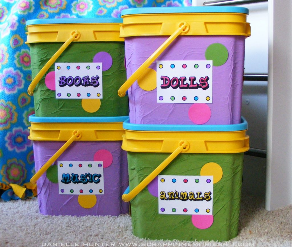 Labeled toy boxes