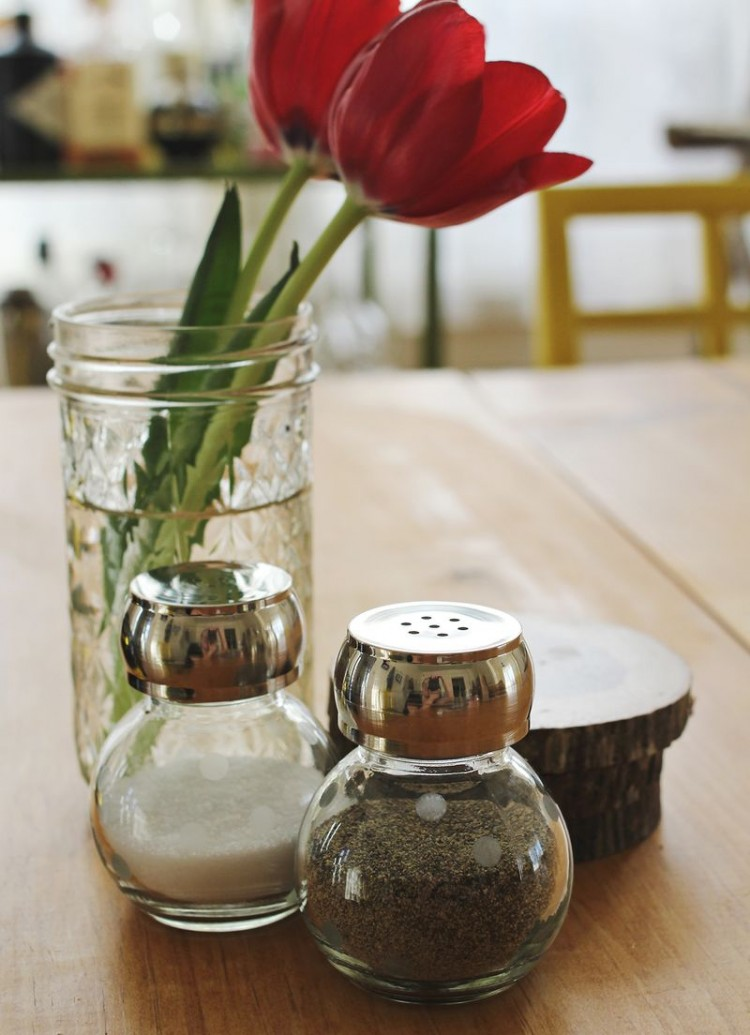 Misted polka dot glass shakers