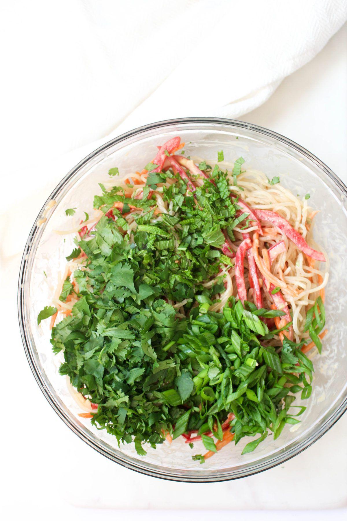 No cook noodle bowl garlic