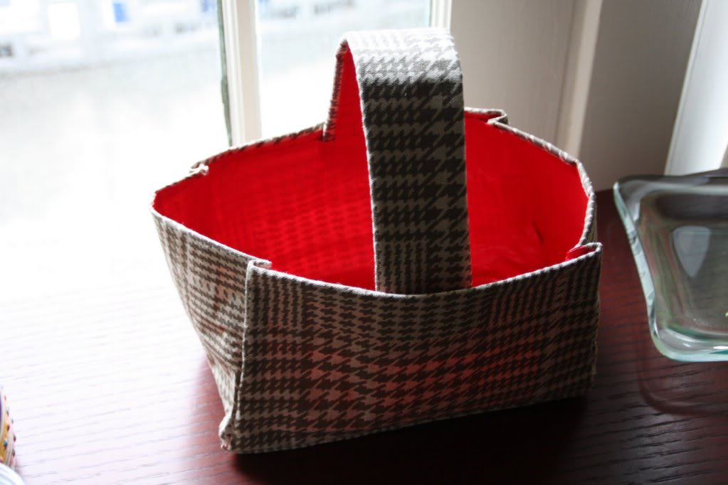 No sew duct tape basket