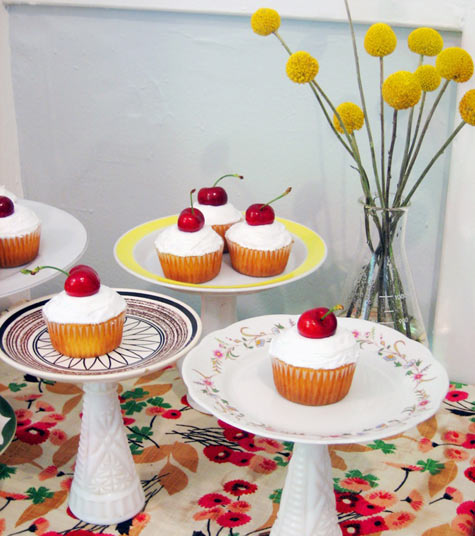 Plate and flower vase diy cake stands