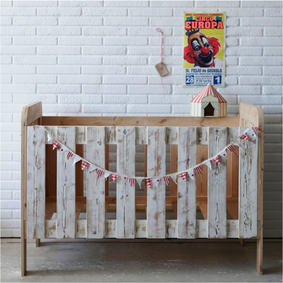 Reclaimed wood crib