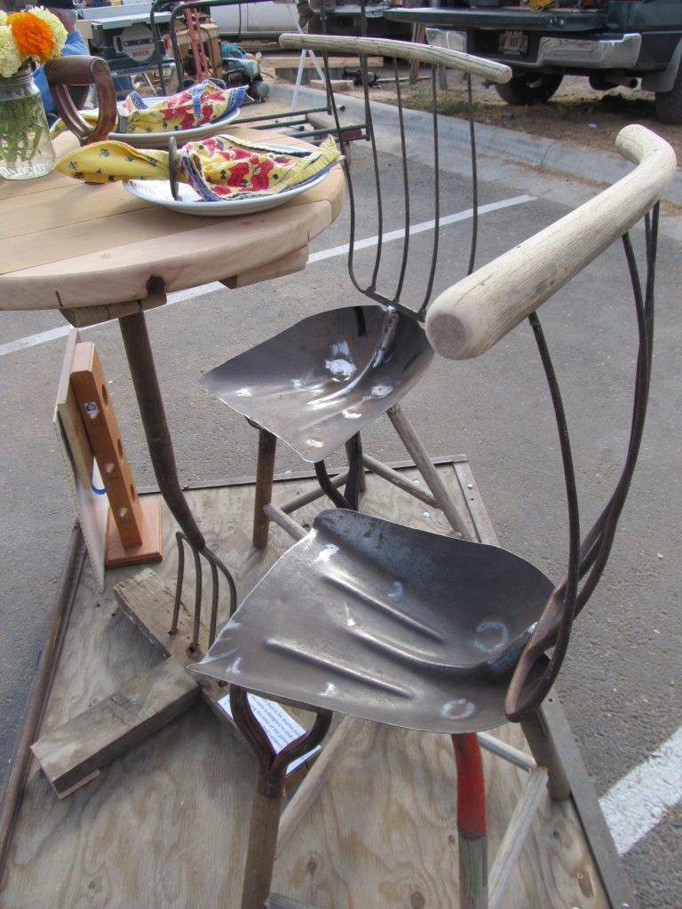 Spade and pitch fork chair