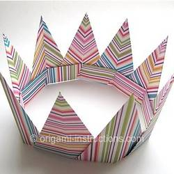 Spiky origami crown