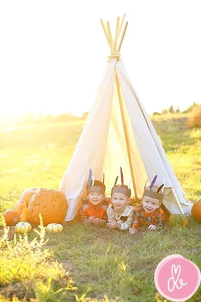 Teepee family photoshoot idea