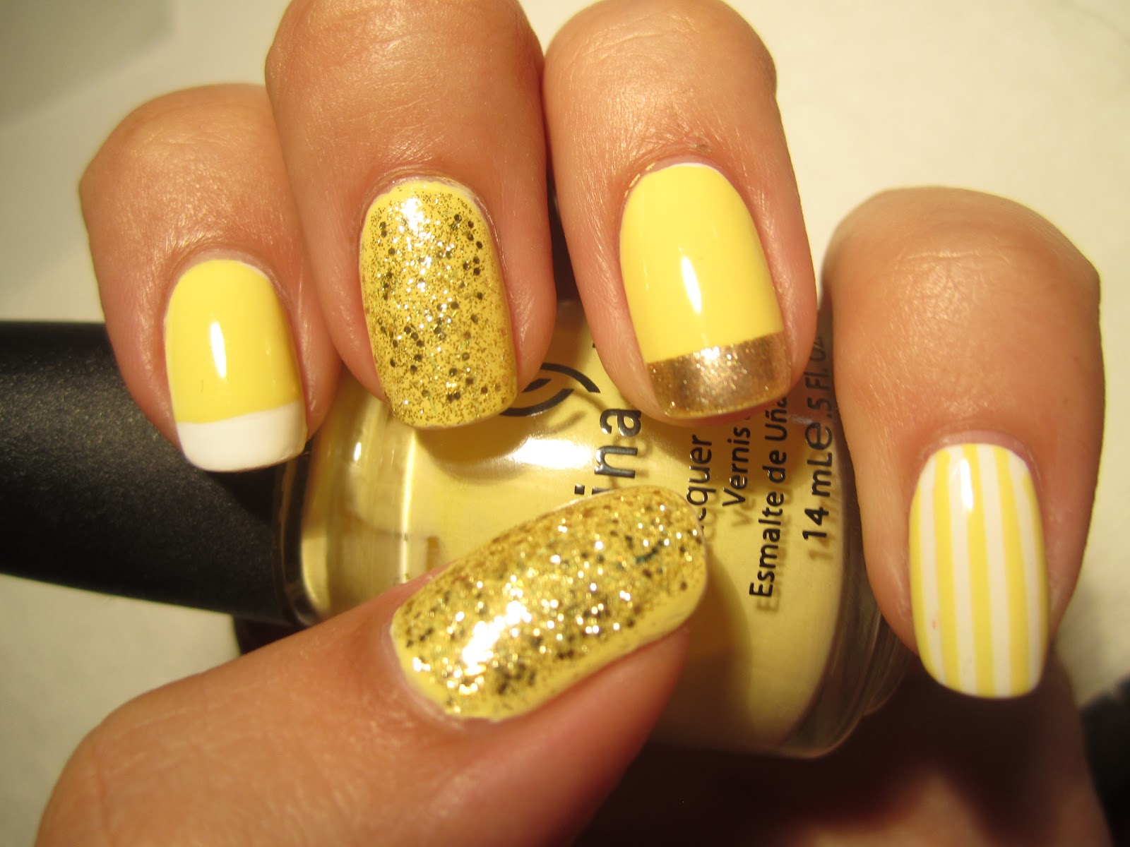 Yellow, gold, and white contrasting patterns