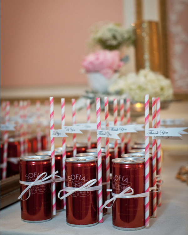 18 Diy Wedding Decorations On A Budget: 18 Budget-Friendly DIY Wedding Favors