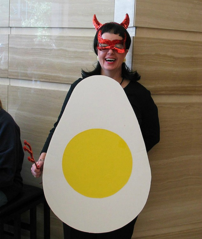Deviled eggs costume diy