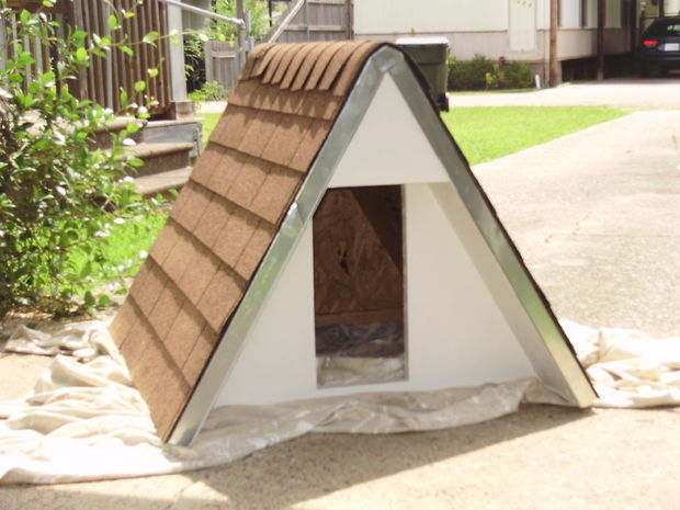 Diy a frame doghouse