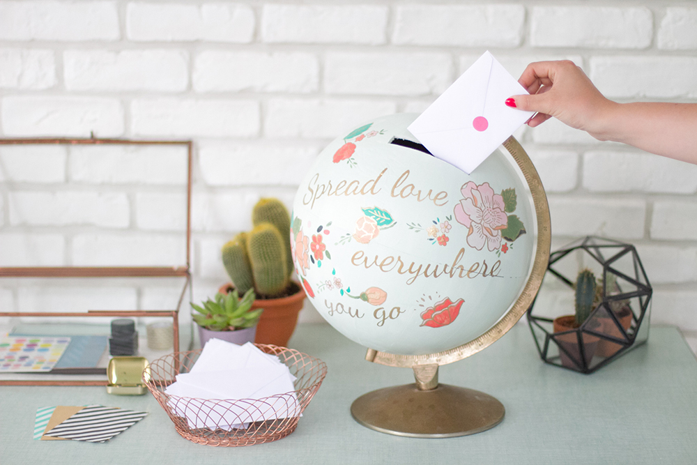Diy globe card holder