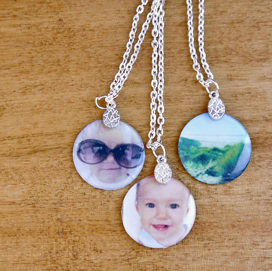 blog with jewelry photograph to photography necklace how retailers stand guide a for