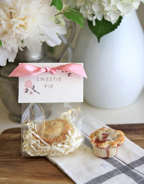 Diy pie favor