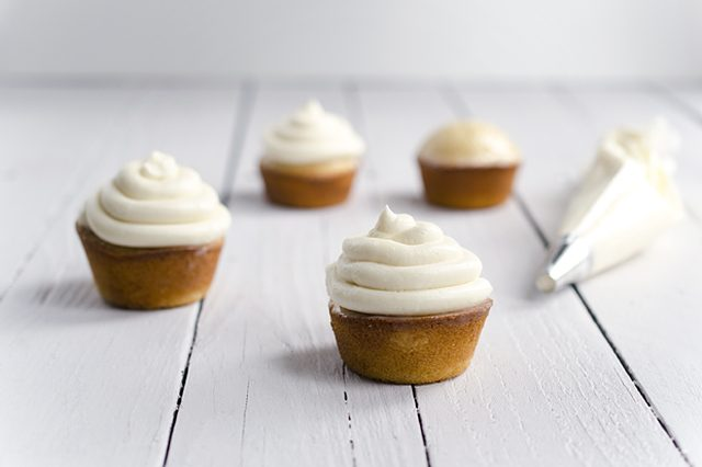 Ehow tres leches cupcakes