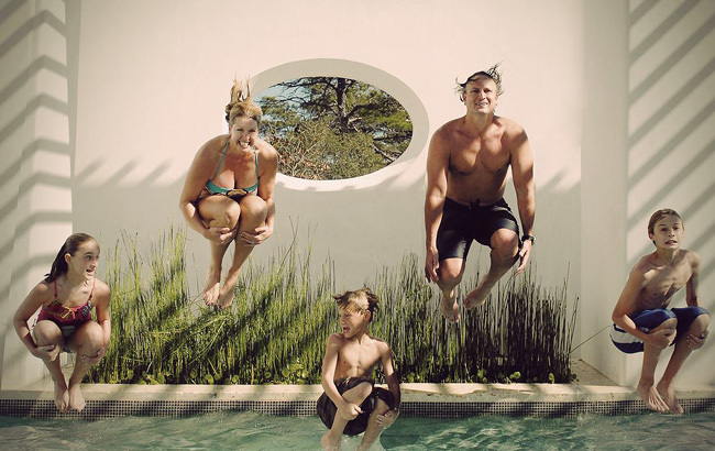 Family photography ideas pool